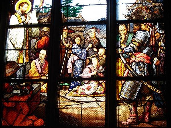 モンタルジーという町の教会の日本風ステンドグラス