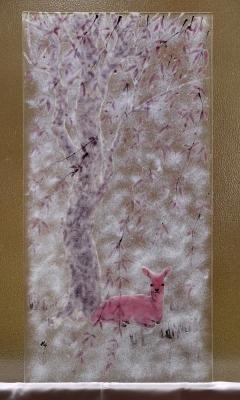 フュージング画「柳と鹿」