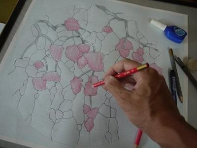 方眼紙の型紙で、仮の色を付けていきます。