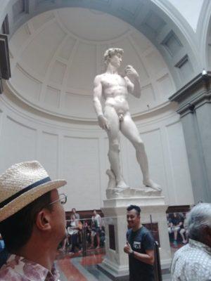ダヴィデ像の本物を目の当たりにし、色々な感慨がわいてきてしばし無言に