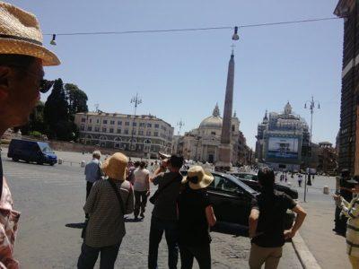 ポポロ広場にあるポポロ門はかつて、ローマの入り口だった