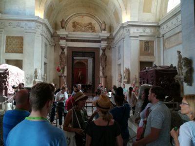 ヴァチカン博物館入ってすぐの展示室