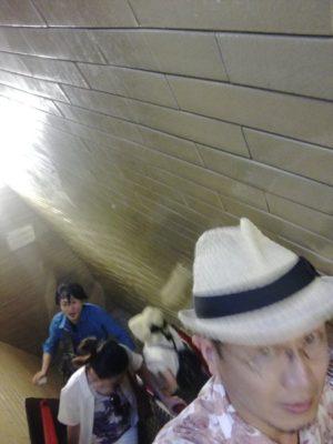 キューポラに上がる狭い階段