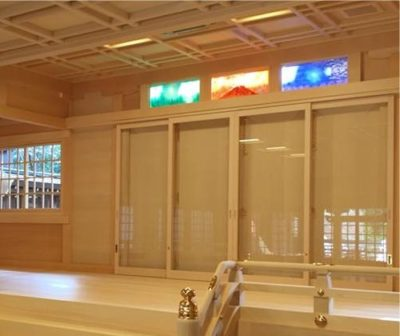 12月に、無事儀式殿に取り付けられました