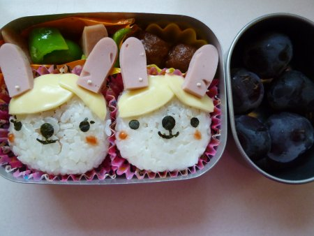 ウサギさん弁当。