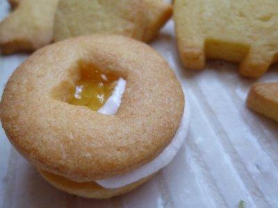 マシュマロとマーマレードジャムのクッキー